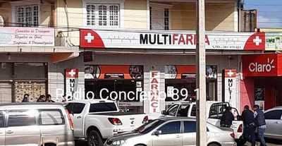 Motochorros asaltan farmacia en Ciudad del Este