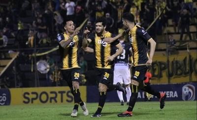 Guaraní gana y deja en la cola a Santaní