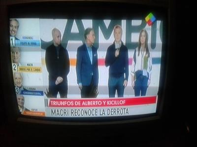 Macri reconoce derrota en Argentina