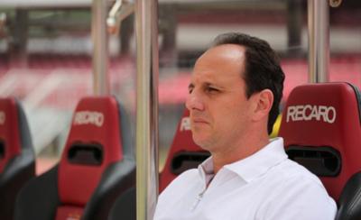 HOY / El recordado Rogério Ceni vuelve a los bancos