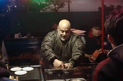 "Venta de hamburguesas de Payo se convierte en ""fiesta patronal"""