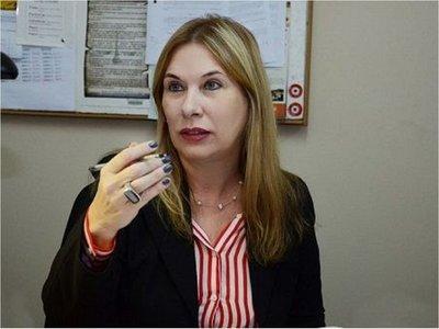 Fiscalía pedirá captura internacional de joven que denunció a Kriskovich