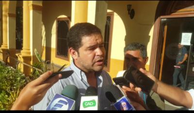 Periodista logra amparo contra la Municipalidad
