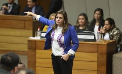 HOY / Acta de Itaipú: sacan a Kattya González de comisión de Investigación