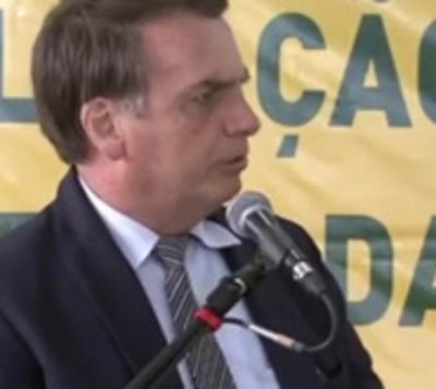 Bolsonaro abre paraguas ante posible retorno de CFK
