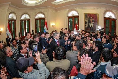 Jefe de Estado ratifica defensa de intereses del país