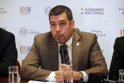 Viceministro de Tributación es designado como director financiero de Itaipu