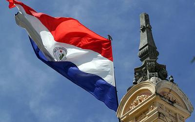 Este miércoles se celebra el Día de la Bandera Paraguaya