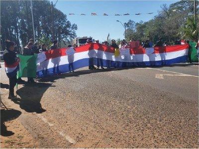 Ciudadanos exigen juicio político, en San Pedro y Canindeyú
