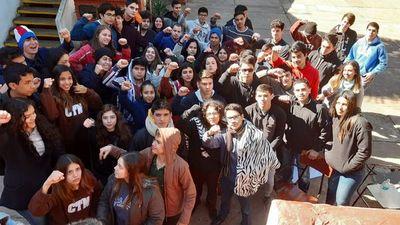 Toma de colegios: estudiantes instan a sumarse a las movilizaciones