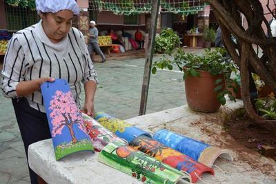 Usan el reciclaje y el arte para apuntalar la rehabilitación en el Buen Pastor
