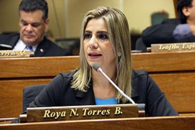 Roya Torres pide se imprima imagen de los Saltos del Monday en futuros billetes