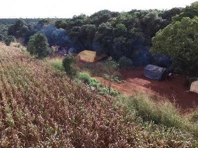 """La Itaipú rechaza a indígenas en su reserva,  pero permite un """"puerto"""""""