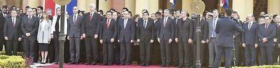 Los ministros serán evaluados, pero  no habrá cambios inmediatos, dice Abdo