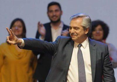 Alberto Fernández ve «razonable» cotización del dólar a 60 pesos