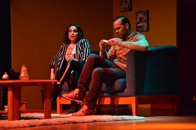 Exitosa obra de Lali González y Álvaro Mora continúa en el Teatro Latino