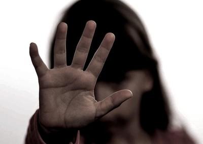 Un hombre fue condenado 19 años de cárcel por abusar de sus hijas