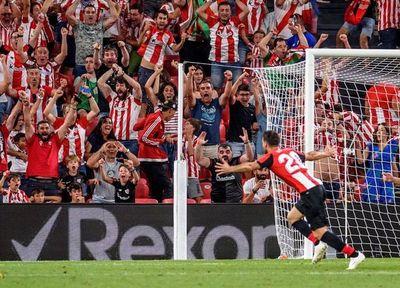 Aduriz, eterno, tumba al Barça