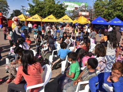 Como si fueran reyes, la fiesta para niños sigue hoy en Asunción