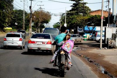 Curso de educación vial buscan prevenir accidentes de motos