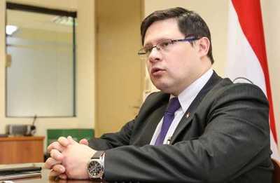 Ministro de Hacienda designa encargado de despacho en Tributación