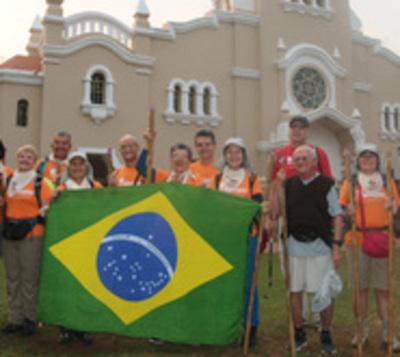 Recorrerán por un mes el 'Camino de las Misiones' a pie