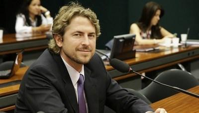 Acuerdo entreguista: Diputado brasileño intercambiará datos de investigación con sus pares paraguayos, en Asunción