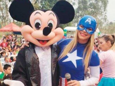 ¡ESCÁNDALO!: Petropar llevó a modelos en un avión para fiesta infantil