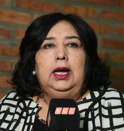 Funcionarios del MINNA repudian administración de Abdo Benítez y de la ministra Martínez
