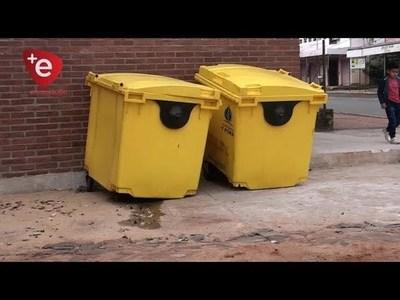 HURTAN RUEDAS DE CONTENEDORES UBICADOS EN ADYACENCIAS AL A° POTIY