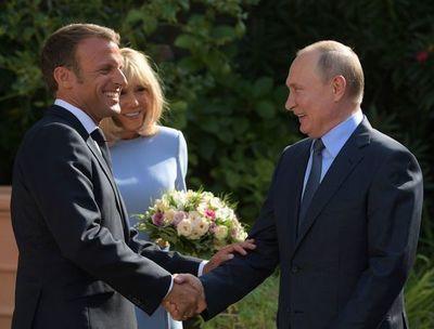 "Francia quiere a Rusia en ""diálogo multilateral"""