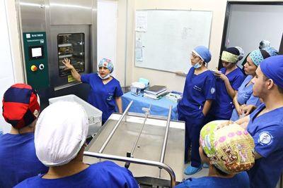 Estudiantes de la UNA conocieron servicios de Fundación Tesãi