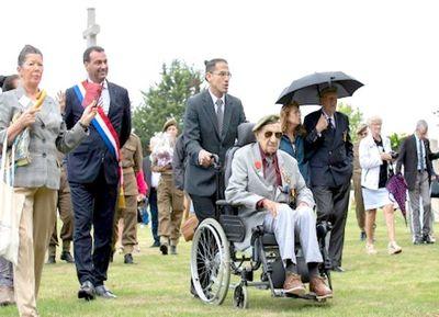 Excombatiente peruano regresa a Normandía