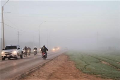 Anuncian jornada fría a cálida con vientos del sureste