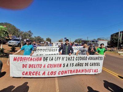 EN PIRAPEY 45 PIDEN CÁRCEL PARA LOS CONTRABANDISTAS