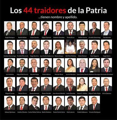 "Liberales repudian a los ""44 traidores de la patria"""