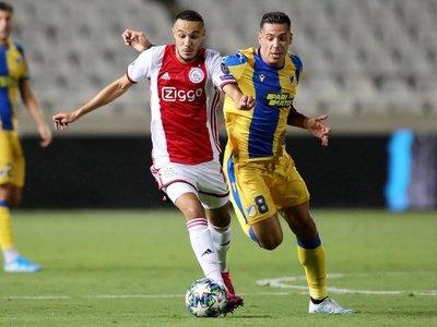 El Ajax se condena a un sufrido encuentro de vuelta