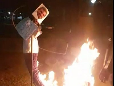 Universitarios queman judas kái de Mario Abdo y Hugo Velázquez