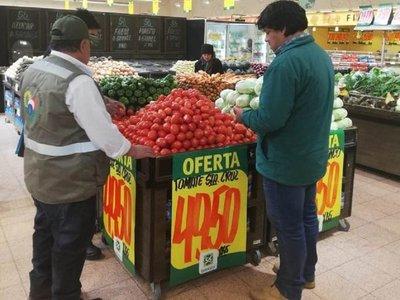 Senave anuncia controles en supermercados y verdulerías