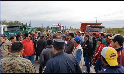 Mineros de Vallemí exigen presencia de autoridades nacionales