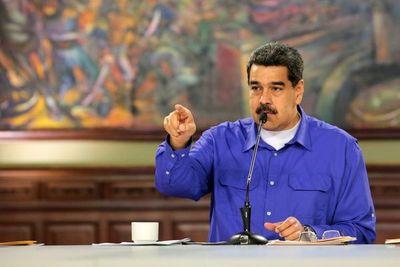 """Maduro """"confirma"""" contactos con EE.UU."""