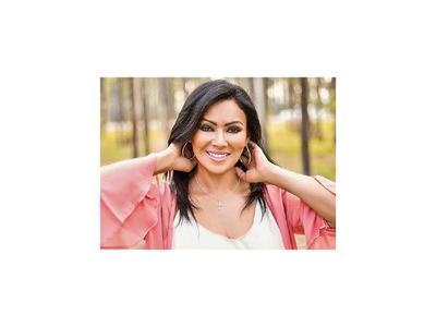 Mirta Noemí invita al recital Paraguay canta y encanta 2