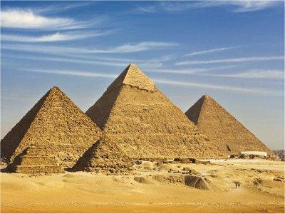 Las pirámides más viejas se esconden al sur de Guiza