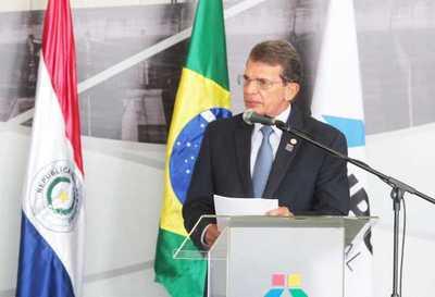 Director brasileño dice que cambio de ejecutivos paraguayos no impactó Itaipú
