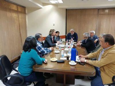 Investigan vínculos de Bolsonaro en compra de energía