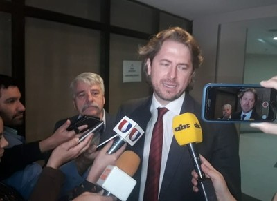 Legislador brasileño involucra a Bolsonaro en polémico negocio de venta de energía