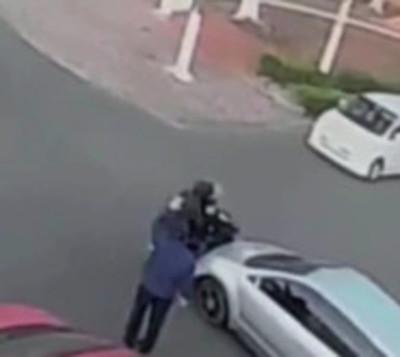 Motociclistas son chocados frente a Policía Municipal