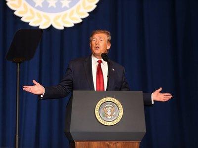 Trump quiere acabar con derecho a ciudadanía por nacimiento
