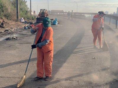 Inicia limpieza en  atracadero usado como un vertedero en Alto Paraná