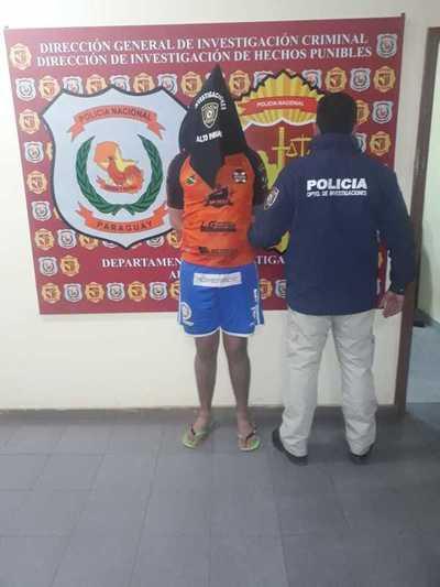 Atrapan a presunto asaltante que contaba con dos órdenes de captura